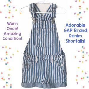 ❣️SALE! Cute GAP denim shortalls/ overalls!